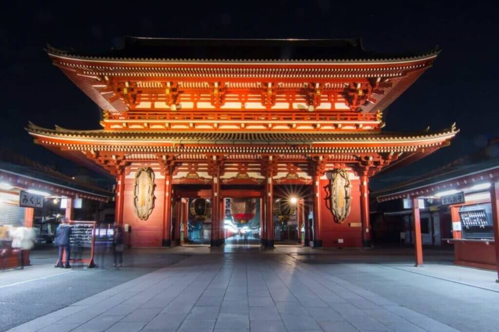 Thundergate at Sensoji Temple, Tokyo - Alisonfay.com