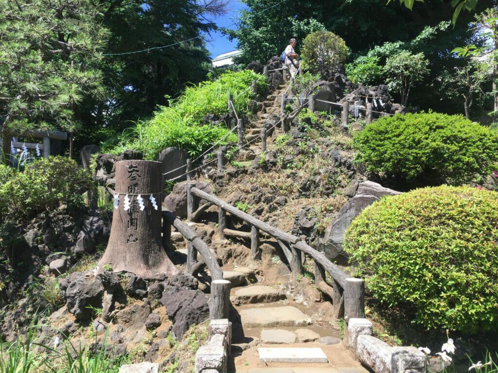Hatonomori Hachiman Shrine